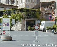 Assisi traffic and parking information